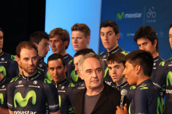 Ferran Adrià charla con Nairo Quintana